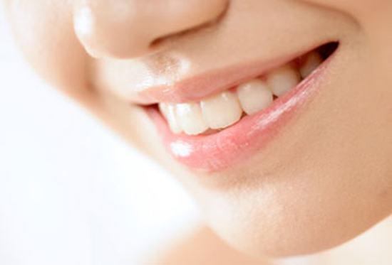 Cạo vôi răng có làm trắng răng không? 3