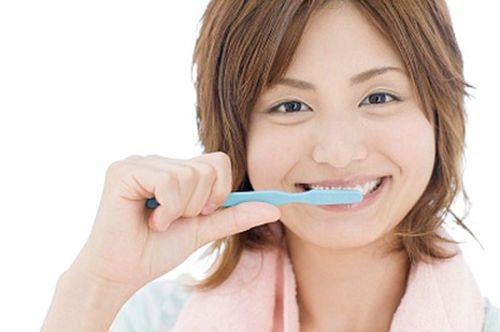 Lưu ý sau khi cạo vôi răng 3