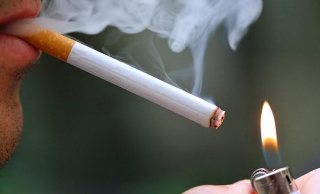 Tại sao không được hút thuốc khi trồng implant?
