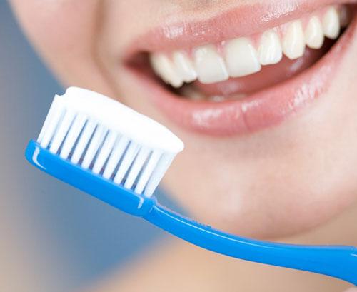 Chăm sóc răng bọc sứ đúng cách