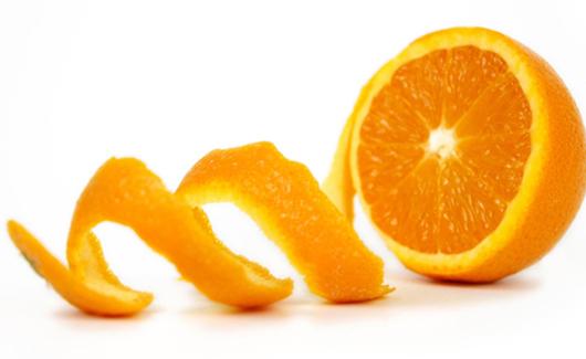 Tẩy trắng răng bằng vỏ cam có hiệu quả?
