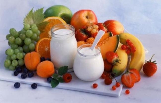 Dinh dưỡng giúp răng bé chắc khoẻ